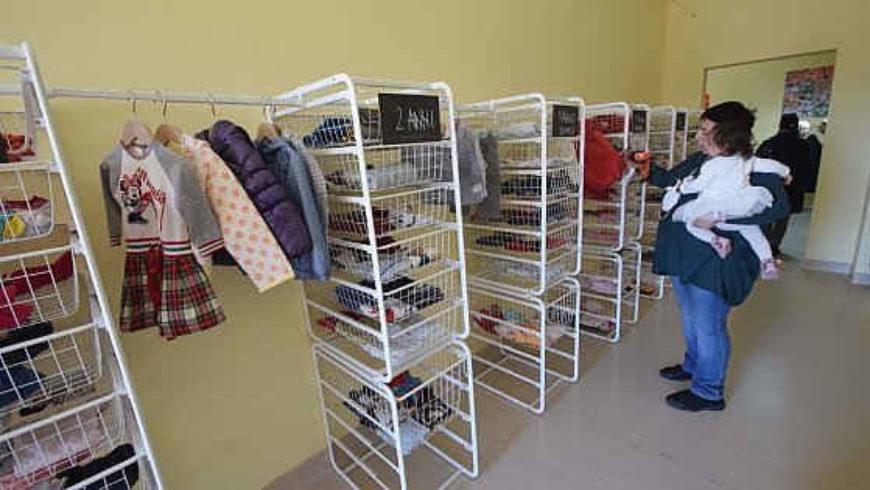 Bari, nasce la Casa dei bambini: raccoglie abiti, culle e pannolini per le famiglie in difficoltà