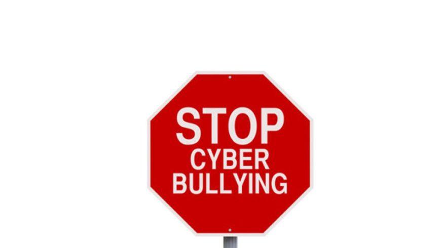 Cyberbullismo! che cos'è? Impariamo a riconoscerlo e fermarlo.